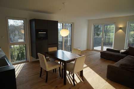 Neuwertige - MÖBLIERTE Wohnung mit Designer-Einbauküche und großem Balkon in Thingers (Kempten (Allgäu))