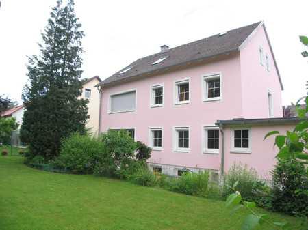 * PROVISIONSFREI * Helles ruhiges möbl. Zimmer im Souterrain - LKR MÜNCHEN - N, Oberschleißheim (S1) in Oberschleißheim