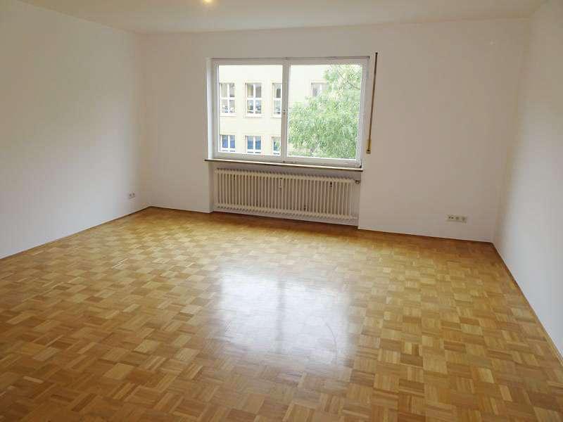 Helle 3-Zimmer Wohnung im Nibelungenviertel in Glockenhof (Nürnberg)
