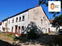 Bauernhaus mit Scheune - großes Grundstück -