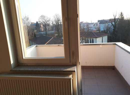 Ansprechende 3-Zimmer-Dachgeschosswohnung mit Balkon in Guben