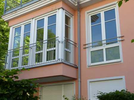 Gepflegte 3-Zimmer-Wohnung mit Balkon und Einbauküche in Bogenhausen, München in Bogenhausen (München)