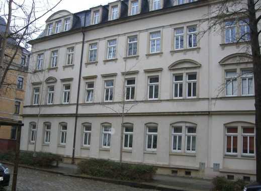 Gut geschnittene 2-Raum-Wohnung in saniertem Altbau,  55 m², EG, günstig zur Autobahn