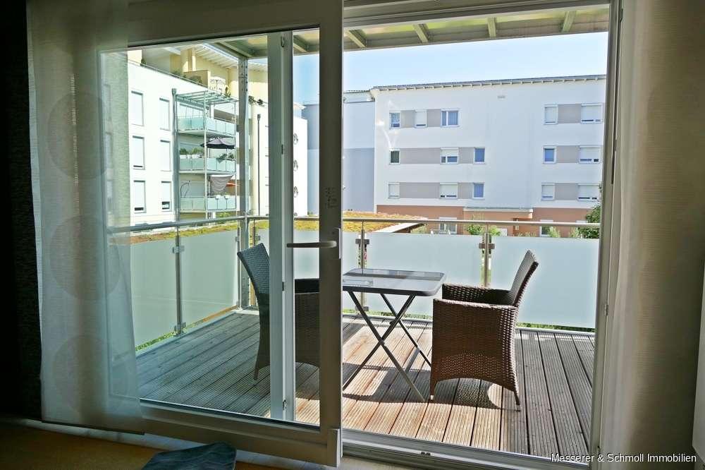 Sonnige, sehr hochwertig ausgestattete 2 Zi.-Wohnung nahe Flutmulde und der Altstadt - EBK & TG