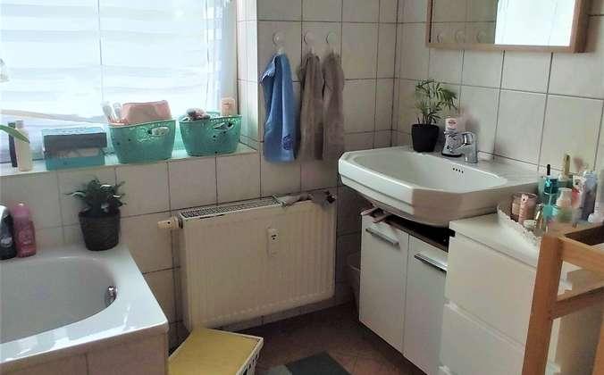 Badezimmer-Teilansicht (2)