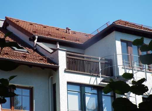 Helle 2-Zi-Dachterrassenwohnung in Unterschleißheim, unverbaubarer Blick!