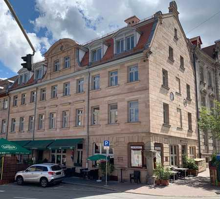 Erstbezug nach Sanierung im Energieeffizienzhaus: 4-Zimmer-Wohnung mit großem Balkon in Fürth in Altstadt, Innenstadt (Fürth)