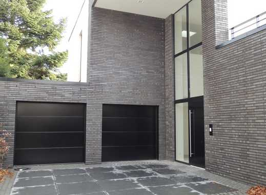 villa luxusimmobilien in moers wesel kreis. Black Bedroom Furniture Sets. Home Design Ideas