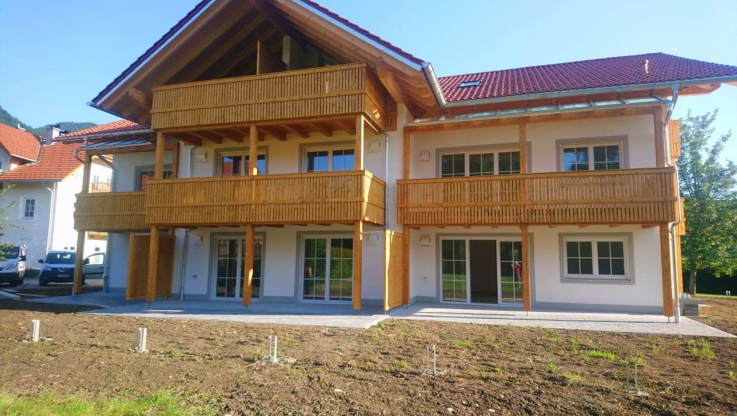 Wohnen wo andere Urlaub machen - attraktive 3-Zimmer-Neubauwohnung im Dachgeschoss in