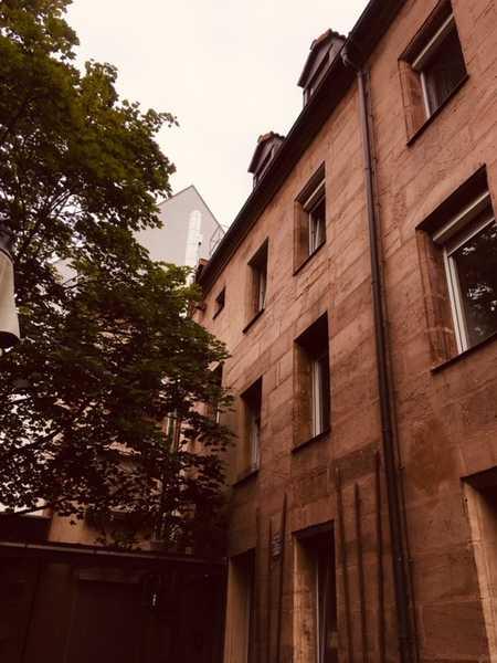 Erstbezug nach Sanierung: schöne 3-Zimmer-Wohnung in Nürnberg in Pirckheimerstraße (Nürnberg)