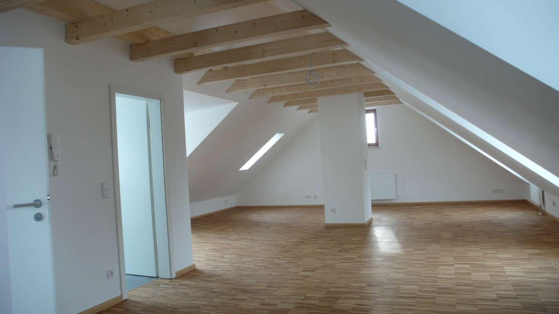 Moderne lichtdurchflutete 1-Raum-Mansardenwohnung in Steinweg-Pfaffenstein (Regensburg)