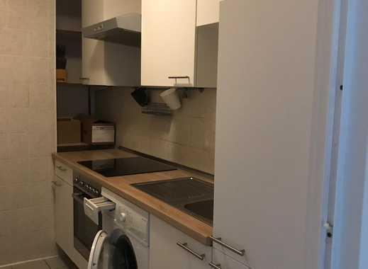 Dachgeschosswohnung 57 qm mit Einbauküche in Köln-Holweide nähe Axa zu vermieten!