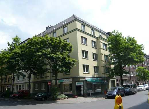 Schön geschnittene 3-4 Zimmer- Altbau-Wohnung in Bestlage Golzheim