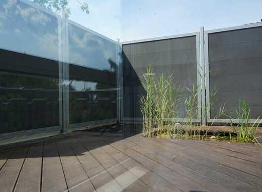 Schöne Wohnung im DG mit Dachterrasse und kleinem Teich