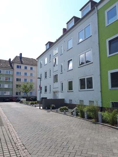Sanierte 3-Zimmer Wohnung mit Balkon in der List