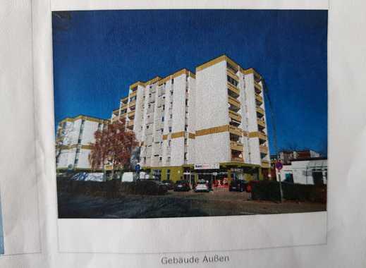 Stilvolle, sanierte 3,5-Zimmer-Wohnung mit Balkon in Neufahrn
