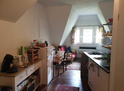 1,5-Zimmer-DG-Wohnung im Altbau, möbliert, in Freiburg Herdern