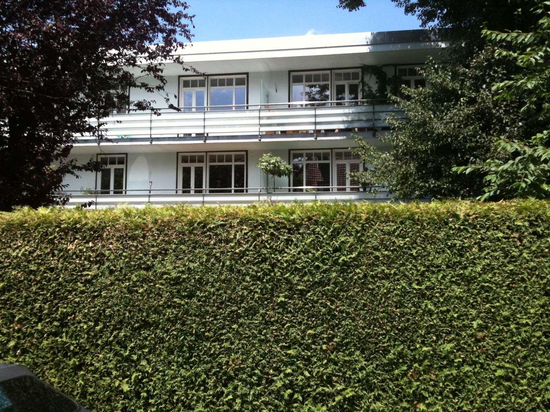 Individuelle DG-Penthouse Wohnung in 1A Lage = Alt-Bogenhausen + 80qm Dachterrasse! in Bogenhausen (München)
