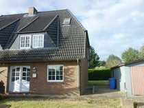 Doppelhaushälfte in ruhiger Wohngegend von