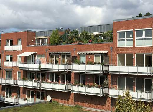 Großzügige, renovierte 2 Zimmer-Wohnung mit Südbalkon
