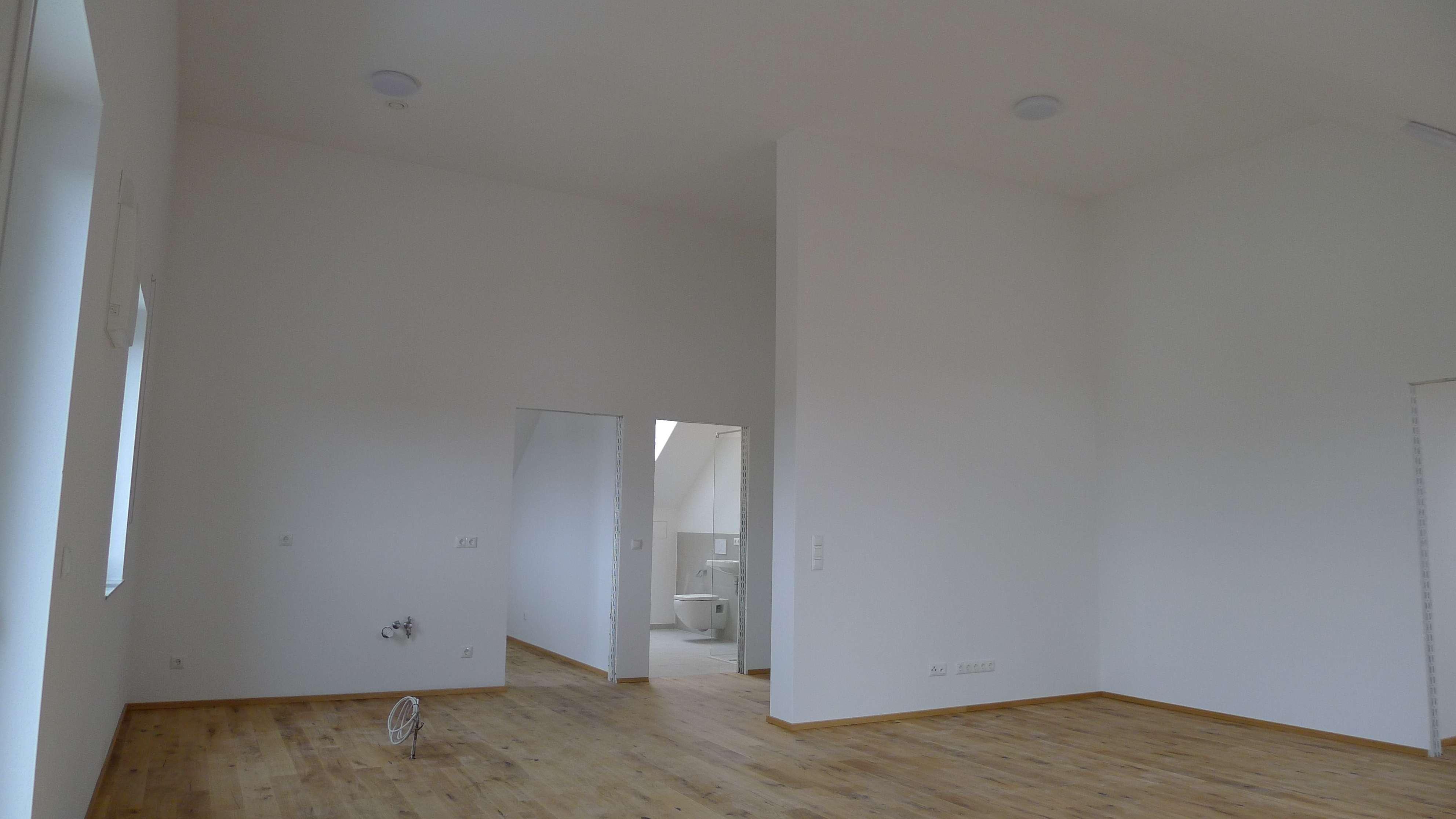 exklusive 3-Zimmer Wohnung mit Einbauküche und Balkon in Arnstorf