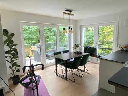 Herrliche 2-Zimmer-Wohnung mit Balkon und Einbauküche in Mering in Mering