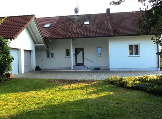 Gepflegtes Einfamilienhaus auf großem Grundstück in Hofkirchen nahe Laberweinting und Mallersdorf