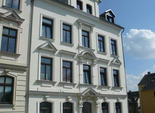 Solide 4-Zimmer-Wohnung, 2. OG mit Balkon in Reichenbach im Vogtland