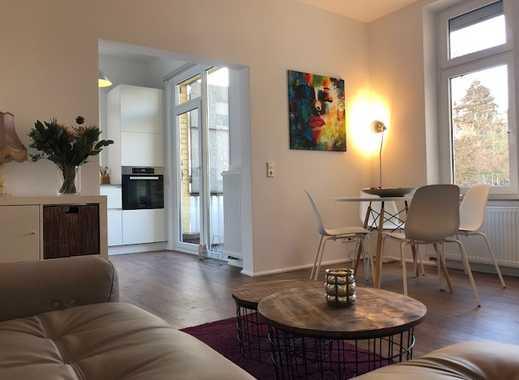 1st Bezug nach Sanierung: Voll möblierte exklusive 2-Zimmer-Wohnung mit EBK und Balkon in Stuttgart