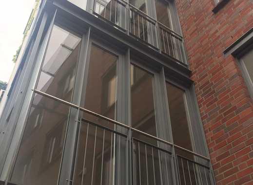 Giebichenstein*Aufwendig renovierte 3-Raumwohnung im historischen Stadtteil mit Terrasse*