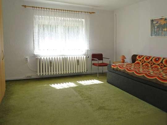 Sanierungsbedürftiges Wohnhaus im grünen Zeesen - Bild 18