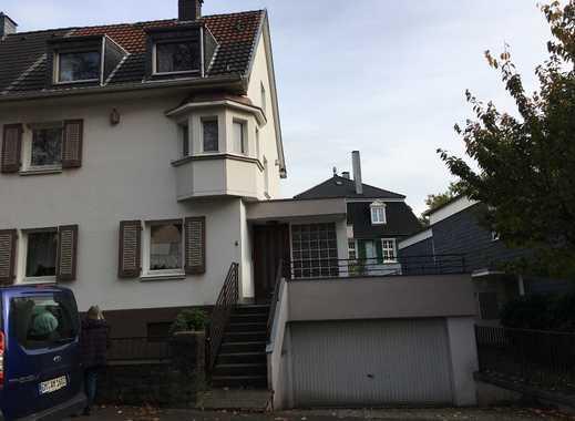 Erstbezug nach Sanierung: Haus mit 7 Zimmern und Schwimmbad - am Helios-Klinikum