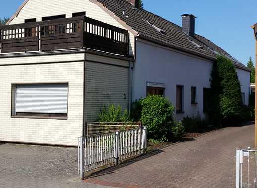Doppel-Haus mit fünf Zimmern in Bremen, Aumund-Hammersbeck.
