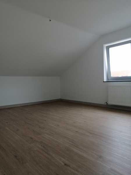 Vollständig renovierte 3-Zimmer-DG-Wohnung mit EBK in Amberg in Amberg