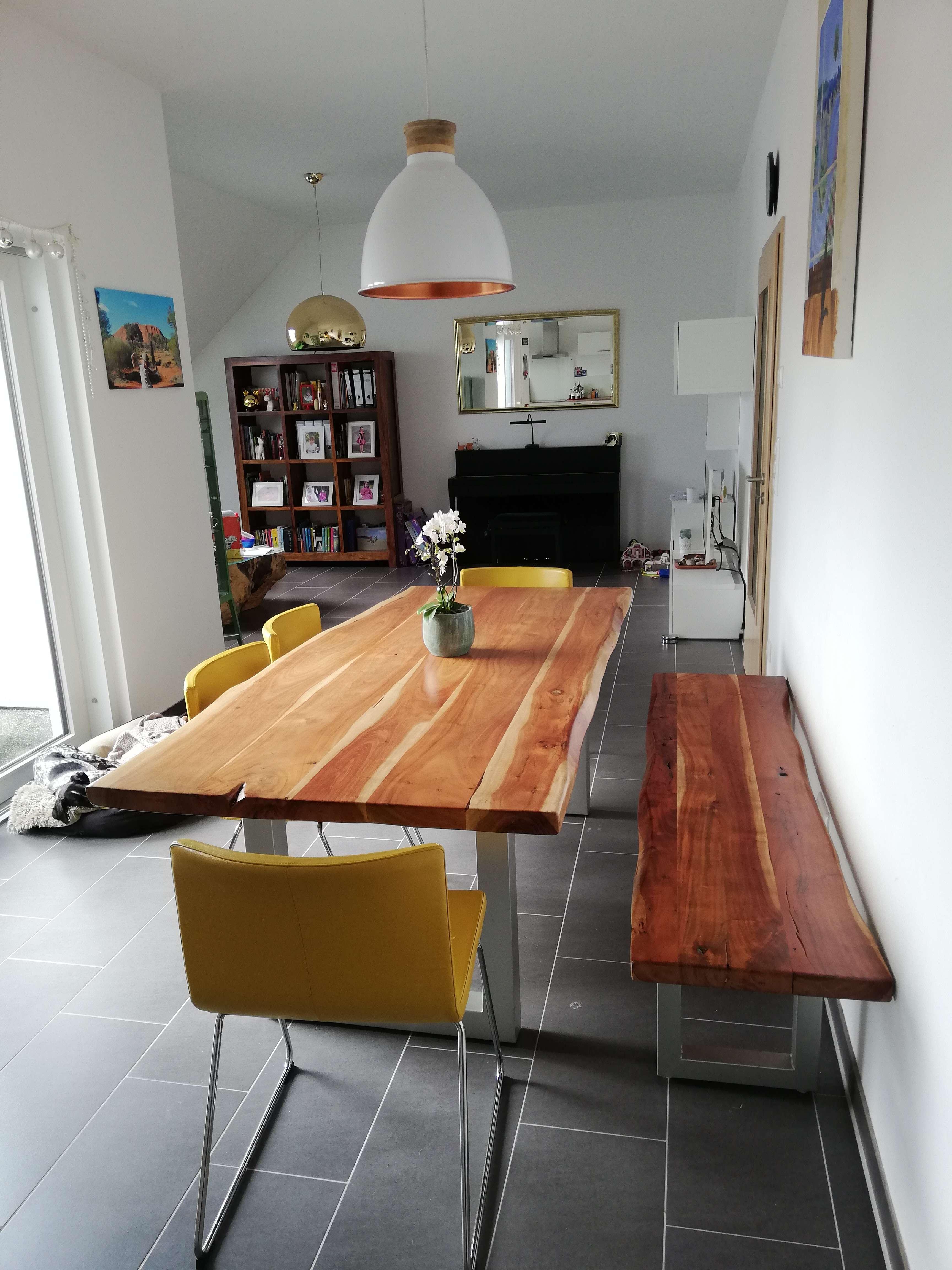 Großzügige 4 Zimmer Wohnung mit Südterasse in Pentling