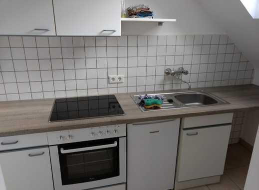 Kleine nette Einzimmer Wohnung im DG
