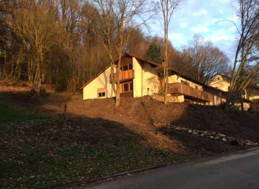 Schönes, geräumiges Haus mit acht Zimmern in Kelheim (Kreis), Kelheim