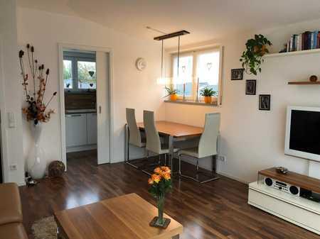 zum 01.09. frei: stilvolle 2-Zimmer-Penthouse-Wohnung mit Dachterasse und EBK in Ingolstadt in Südost (Ingolstadt)