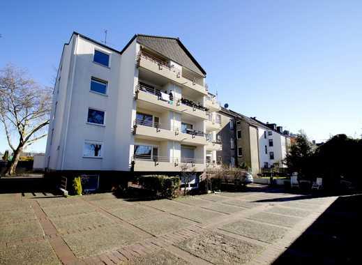 Essen-Altenessen: Sanierte 3-Zimmerwohnung mit Duschbad, großem Wohn-Essraum u. Loggia