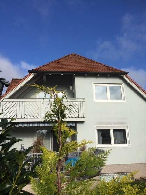 Gepflegte DG Wohnung mit großem Balkon in Brand in Eckental