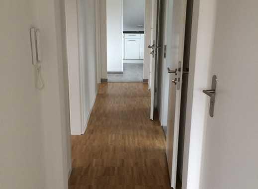 Schöne, vollständig renovierte 3-Zimmer-Dachgeschosswohnung in Stuttgart-Vaihingen