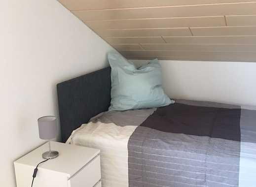 Schön möbliertes Zimmer in Traumdoppelhaushälfte zu vermieten