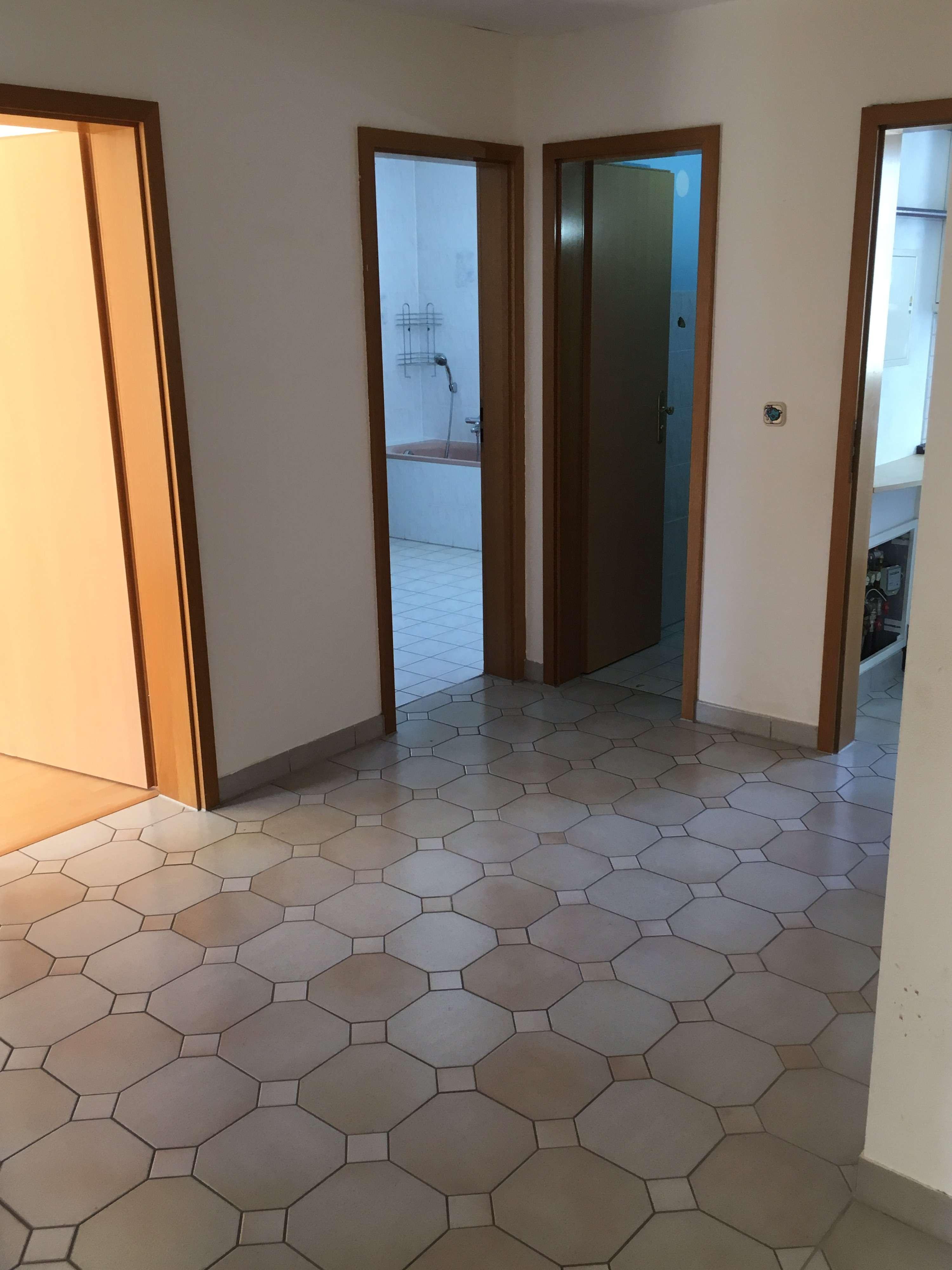 750 €, 86 m², 3 Zimmer