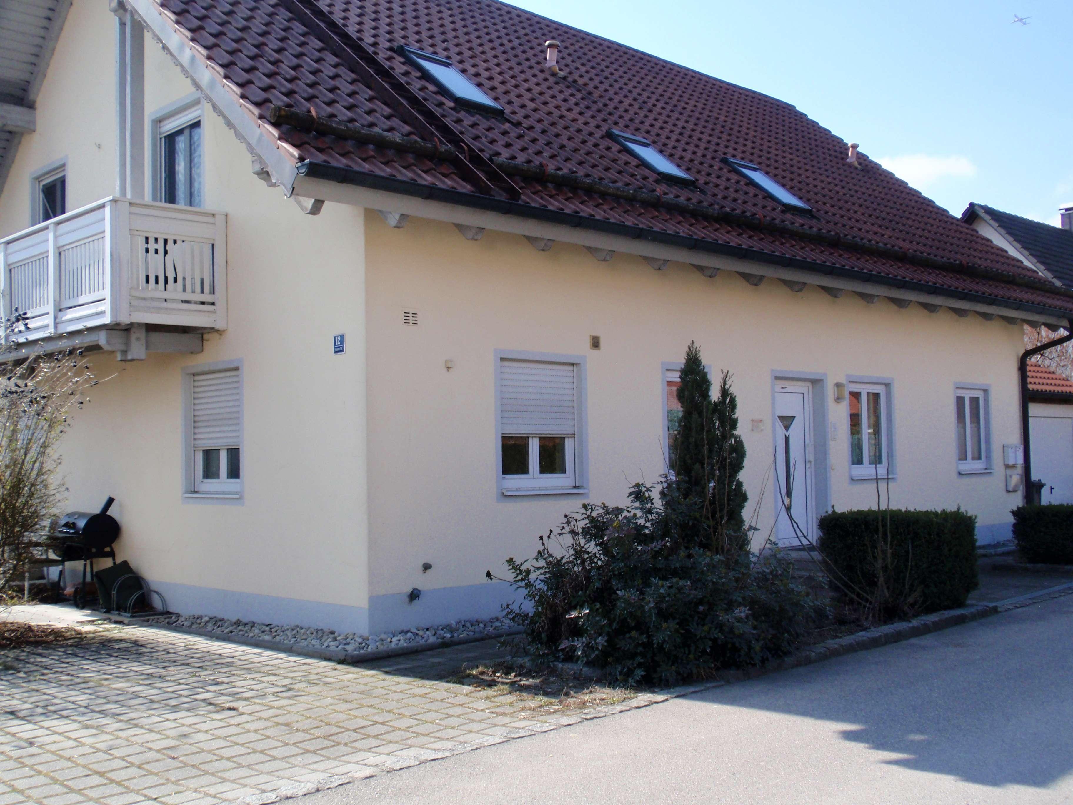 Schöne drei Zimmer Wohnung in Erding (Kreis), Eitting