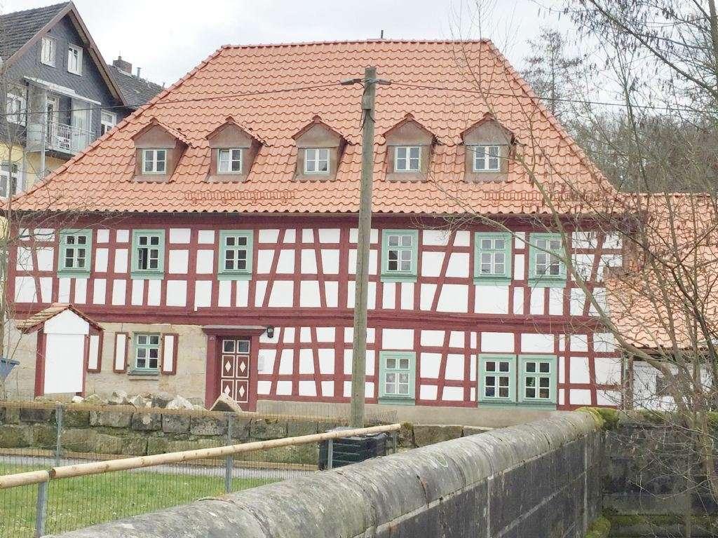 2017 renoviertes Fachwerkhaus** Idyllisch**3 Zi ca.78 m²  in Rödental