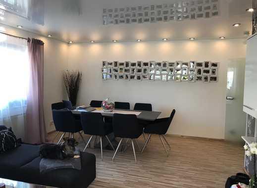 850 €, 77 m², 2 Zimmer mit Garage / 2 Stellplätze optional