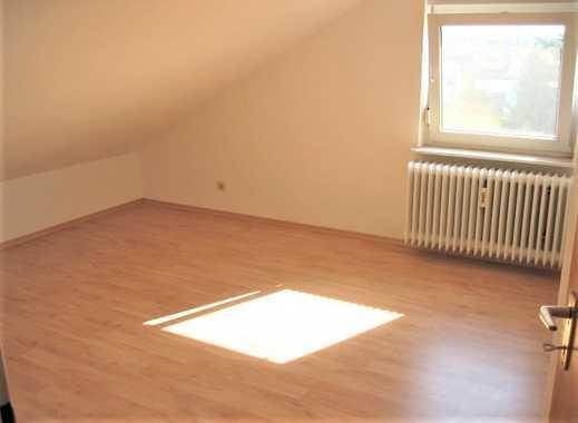 2-Zimmer-Dachgeschoss-Wohnung mit Garage in ruhiger Lage von Büttelborn für 1 Person!!!