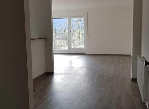 Schöne, zwei Zimmer Terrassenwohnung in Reutlingen (Kreis), Bad Urach mit Penthouse feeling