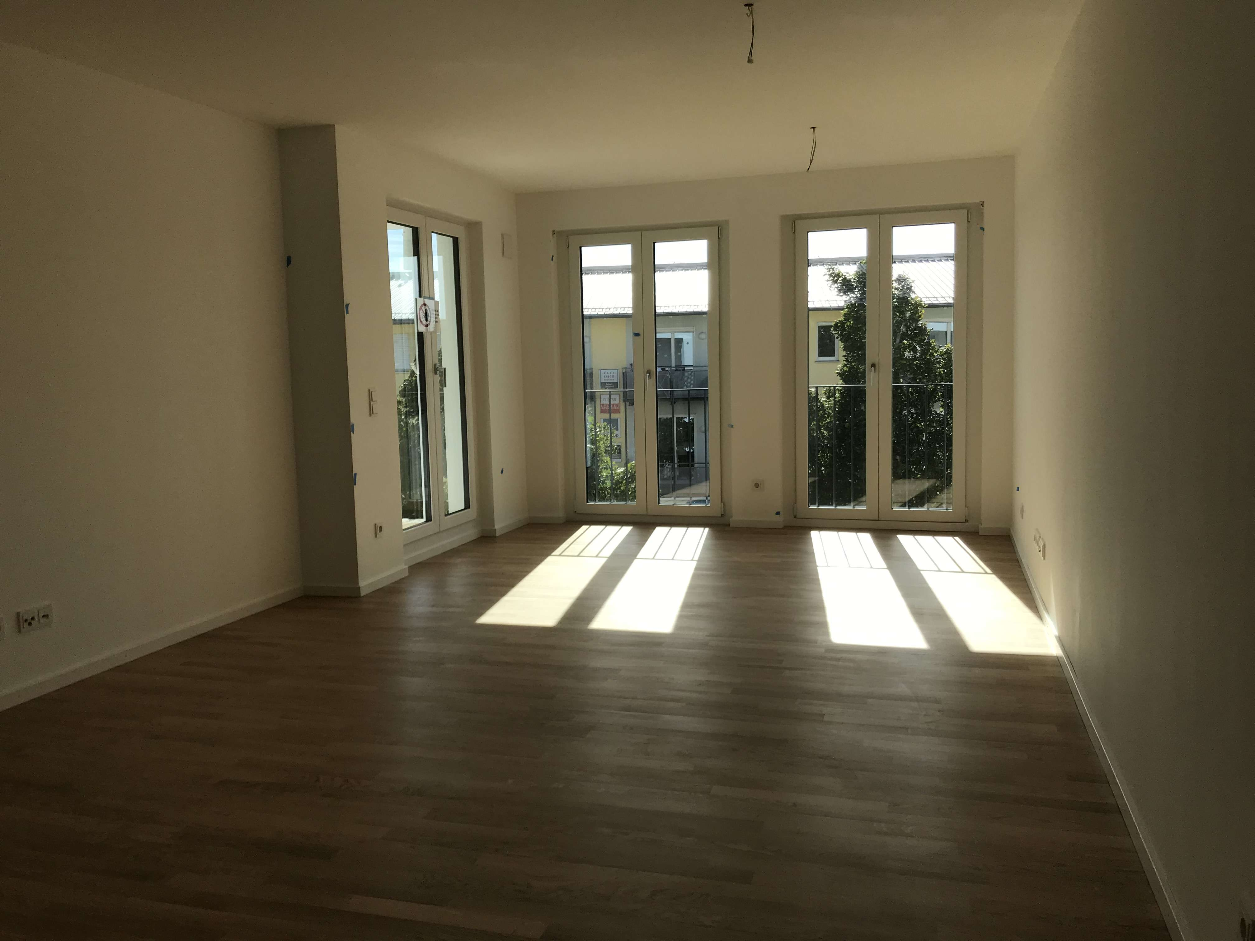 Erstbezug mit EBK und Loggia: Exklusive 2-Zimmer-Wohnung in Freising in