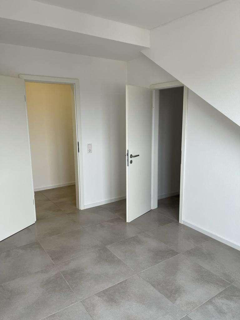 Modernisierte 3,5-Raum-Maisonette-Wohnung mit Balkon in Aschaffenburg in